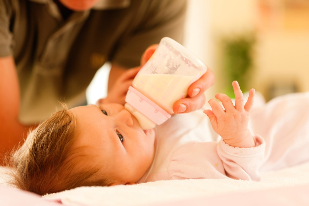 Salmonella nel latte in polvere: Lactalis ritira il prodotto in 83 paesi - LifeGate