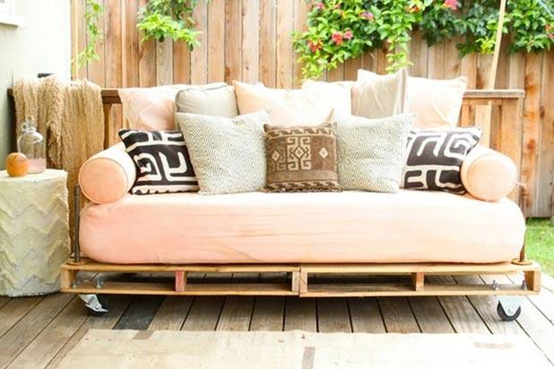 10 cose che puoi fare coi pallet di riciclo low budget - Comment fabriquer un canape en palette ...