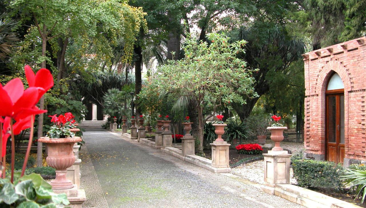 Giardini d 39 italia i 10 giardini pi belli da visitare for Alberelli da giardino fioriti