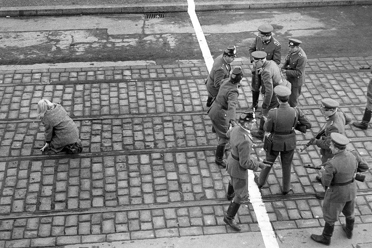 Le foto piu emozionanti della caduta del muro di berlino for Gewerbefl che berlin