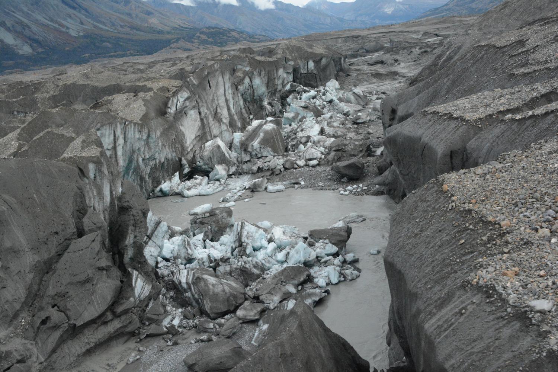 Canada fiume scompare a causa del riscaldamento globale - Letto di un fiume ...