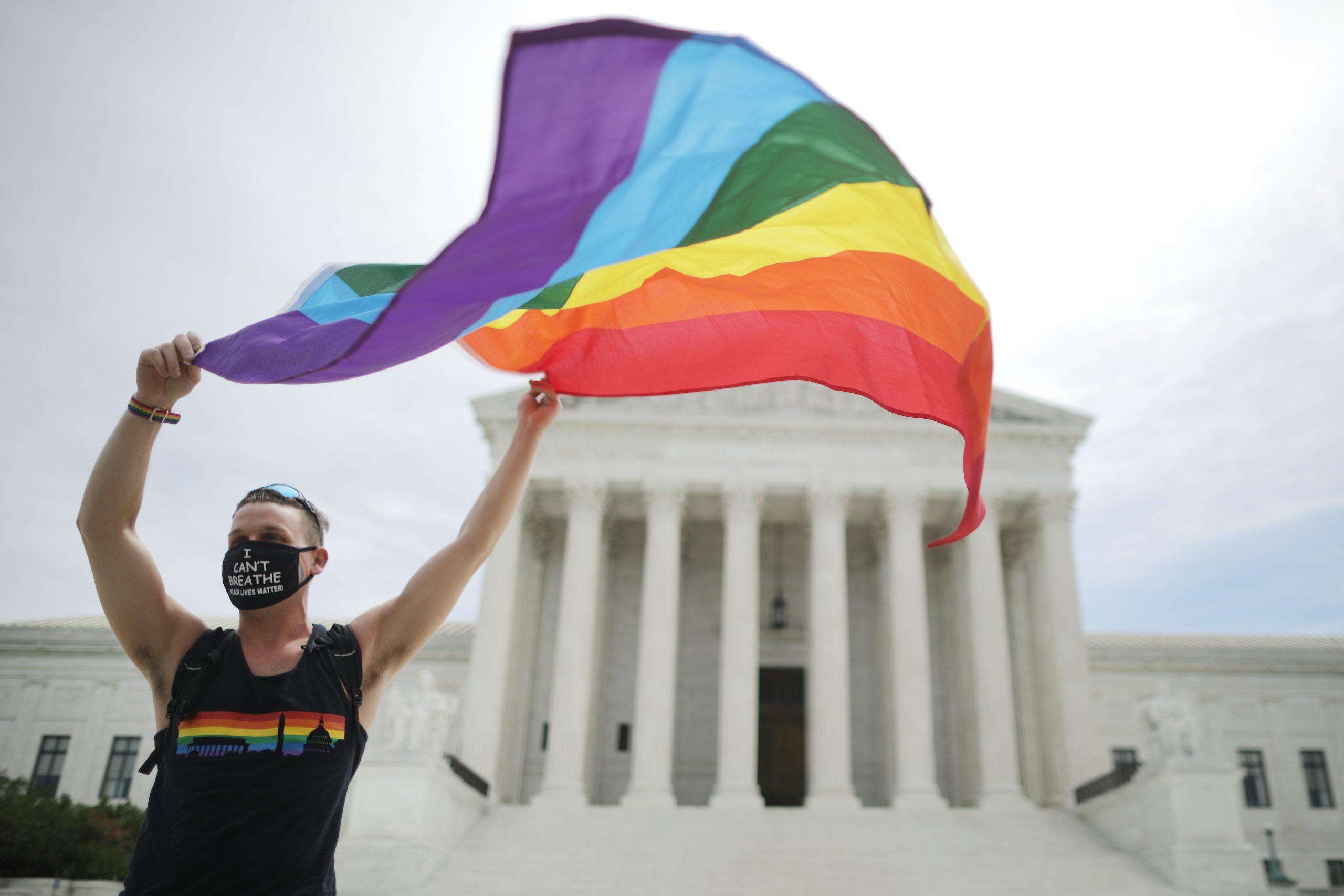 Negli Stati Uniti non si può più licenziare per essere gay o trans, lo stabilisce la Corte Suprema