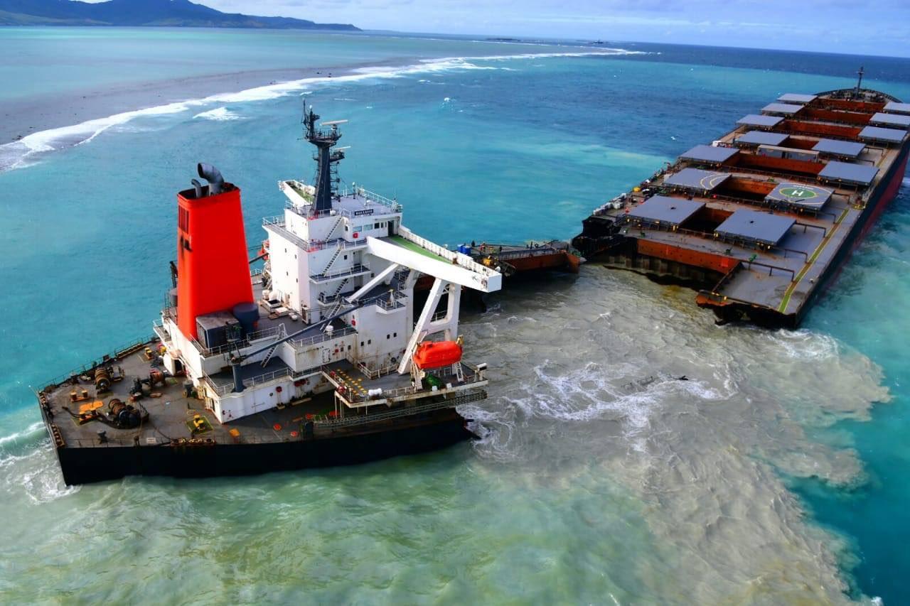 mauritius petroliera
