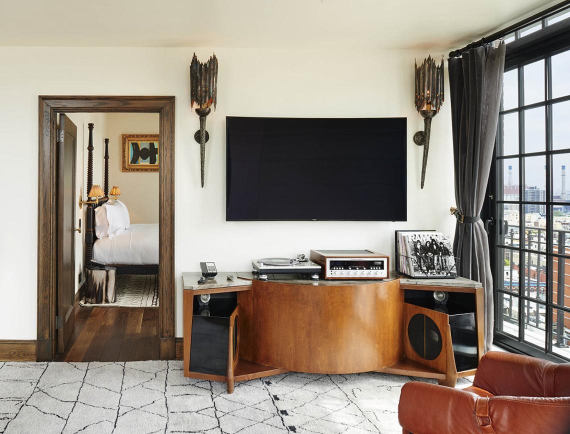 12 hotel per gli amanti della musica in vinile lifegate - Mobili per vinili ...
