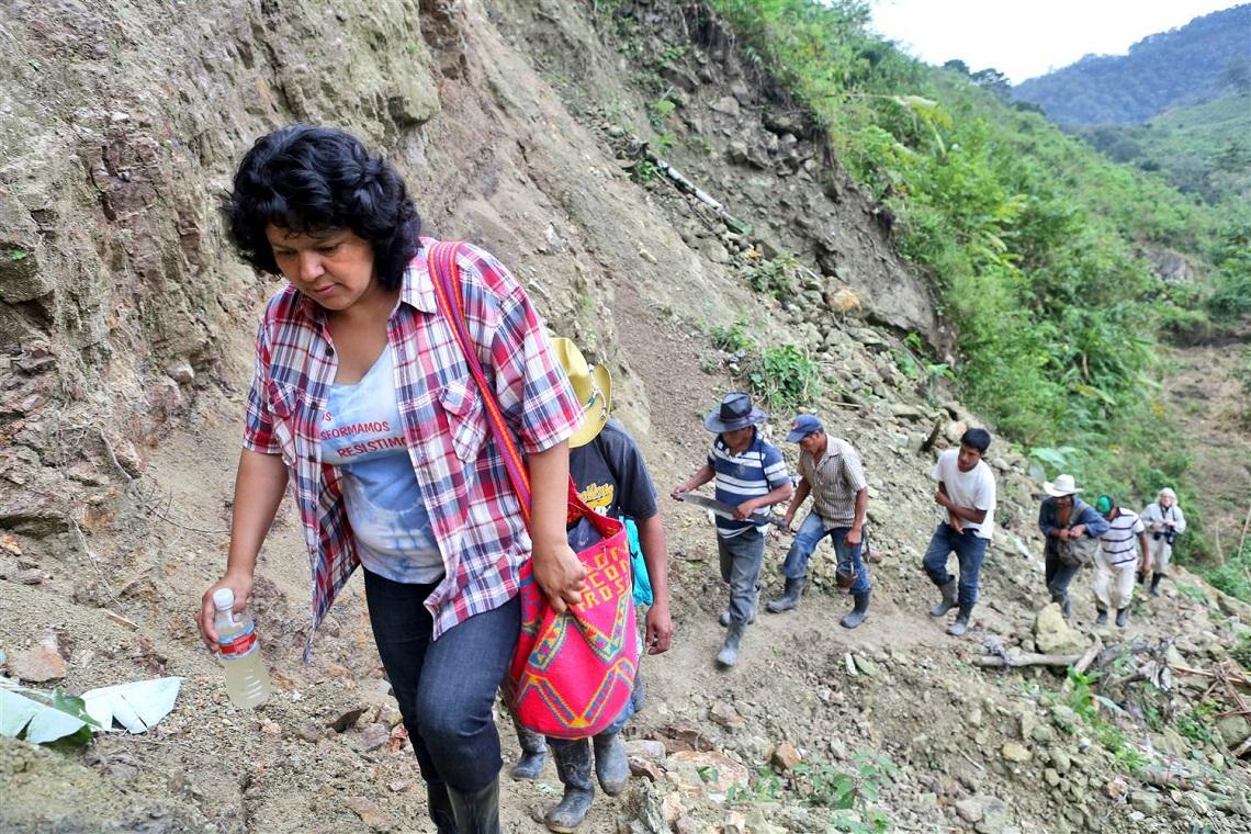 Berta Caceres si è opposta alla costruzione di una diga sul Rio Gualcarque