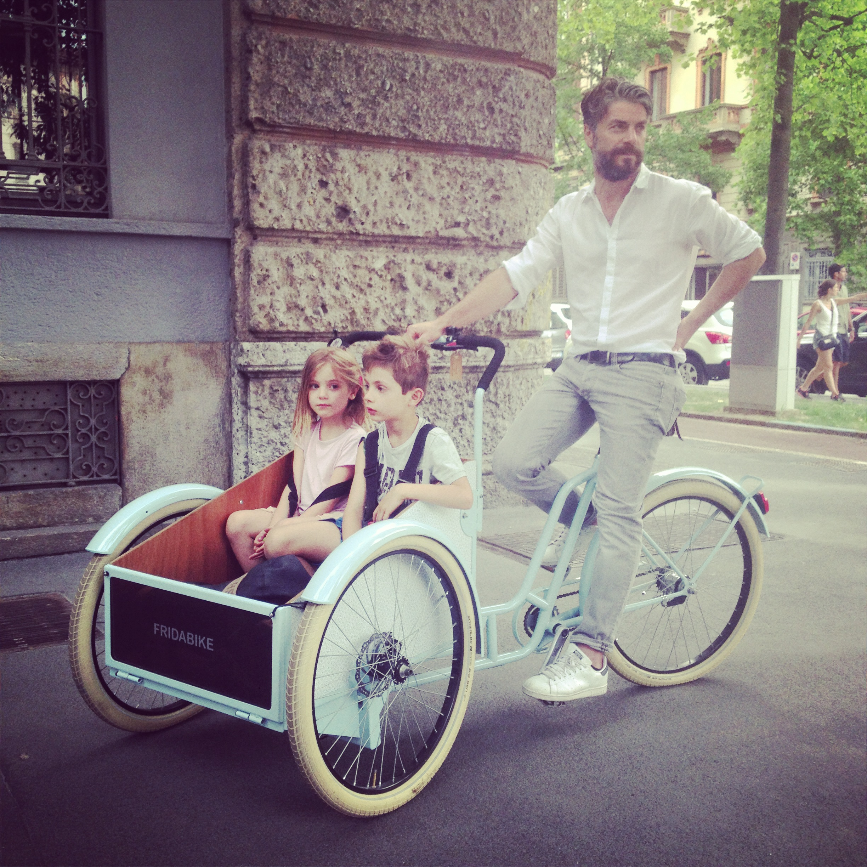 Cargo Bike La Soluzione Per Le Mamme Decise A Restare In Sella Con