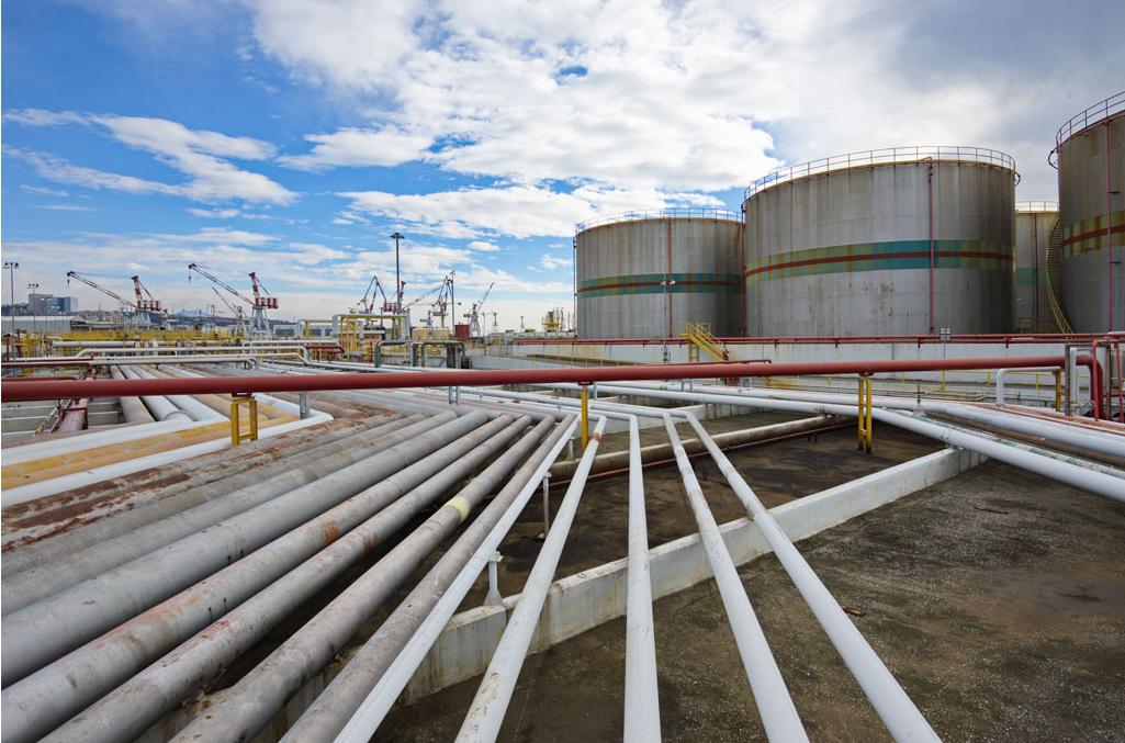 Crisi porto petroli: il rimedio peggio della situazione attuale
