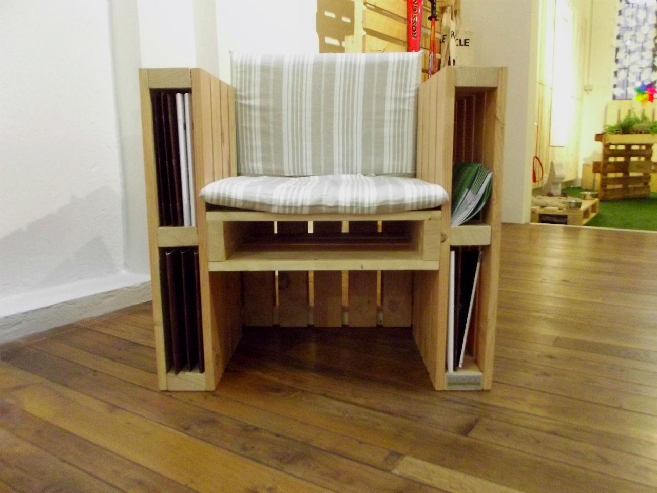 800 1200 eco design qui tutto fatto con i pallet lifegate for Arredamento con bancali legno