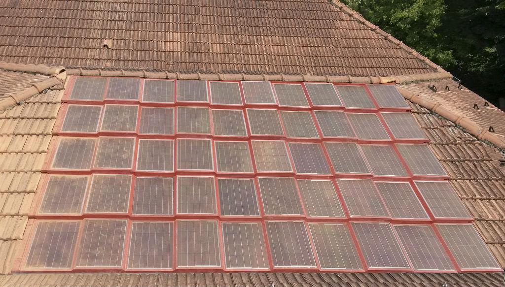 Pannello Solare Tetto Korea : La tegola fotovoltaica integrata per il tetto solare c è