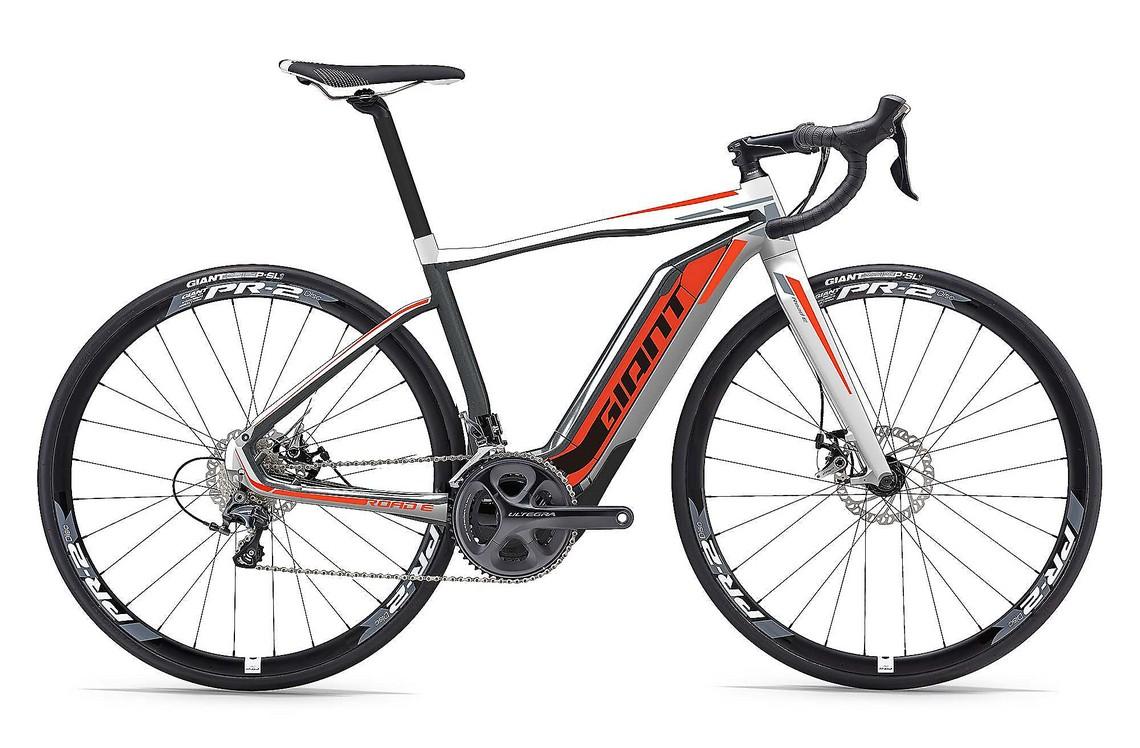 e bike tutto quello che c da sapere sulle bici a. Black Bedroom Furniture Sets. Home Design Ideas