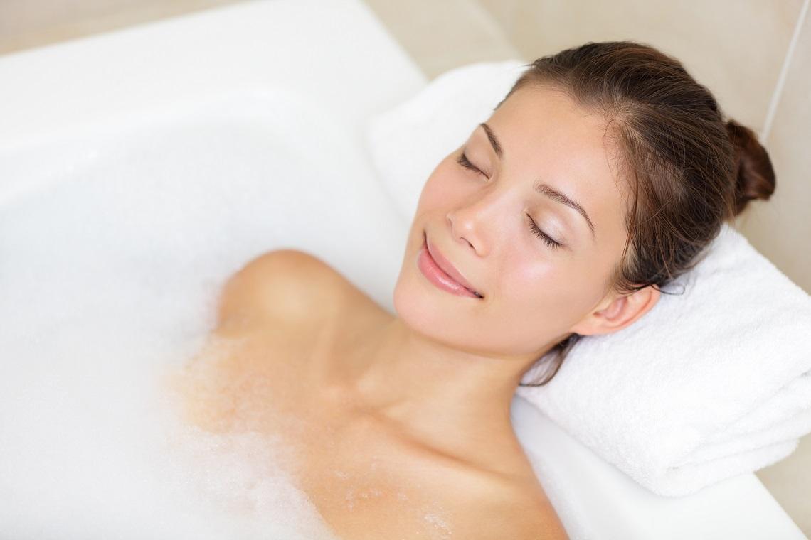 Sali Da Bagno Rilassanti : Sali da bagno tipi come si usano e ricetta fai da te lifegate