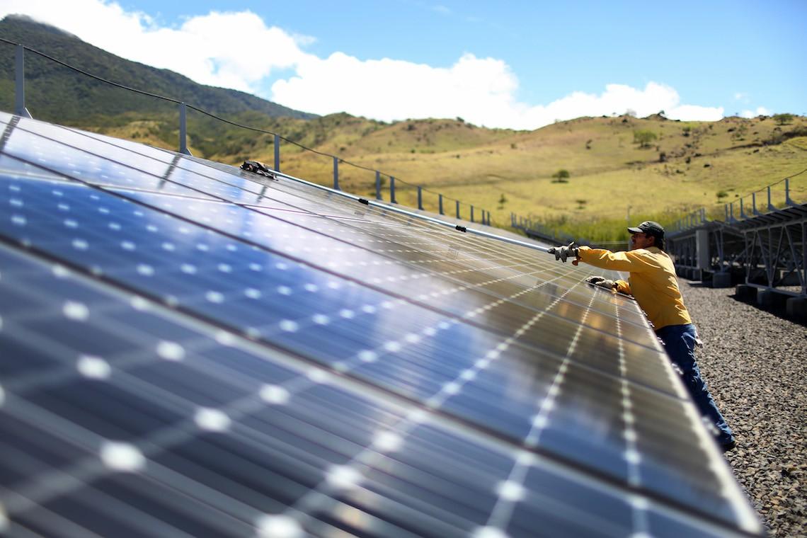 Come sarà l'energia del futuro in Italia e nel mondo, tra rinnovabili e stoccaggio