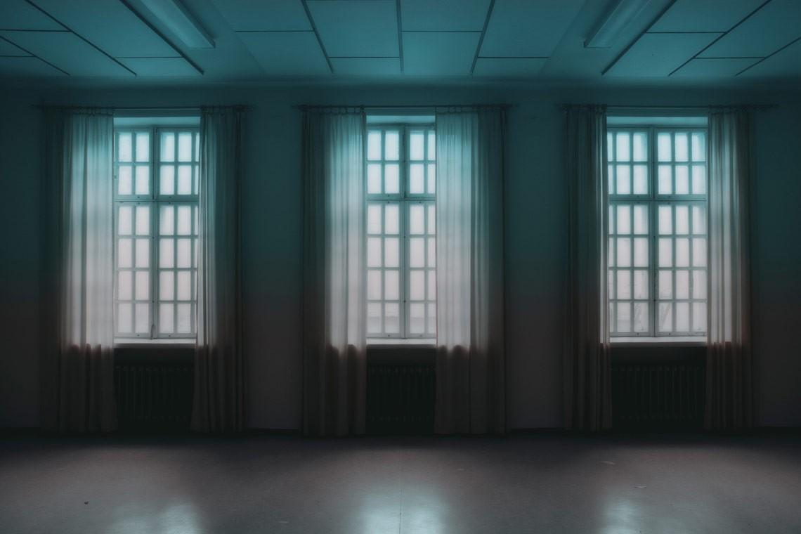 tre finestre di un manicomio