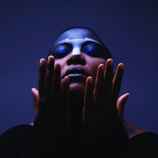 MeShell-NdegeOcello-voiceofsoul.it_