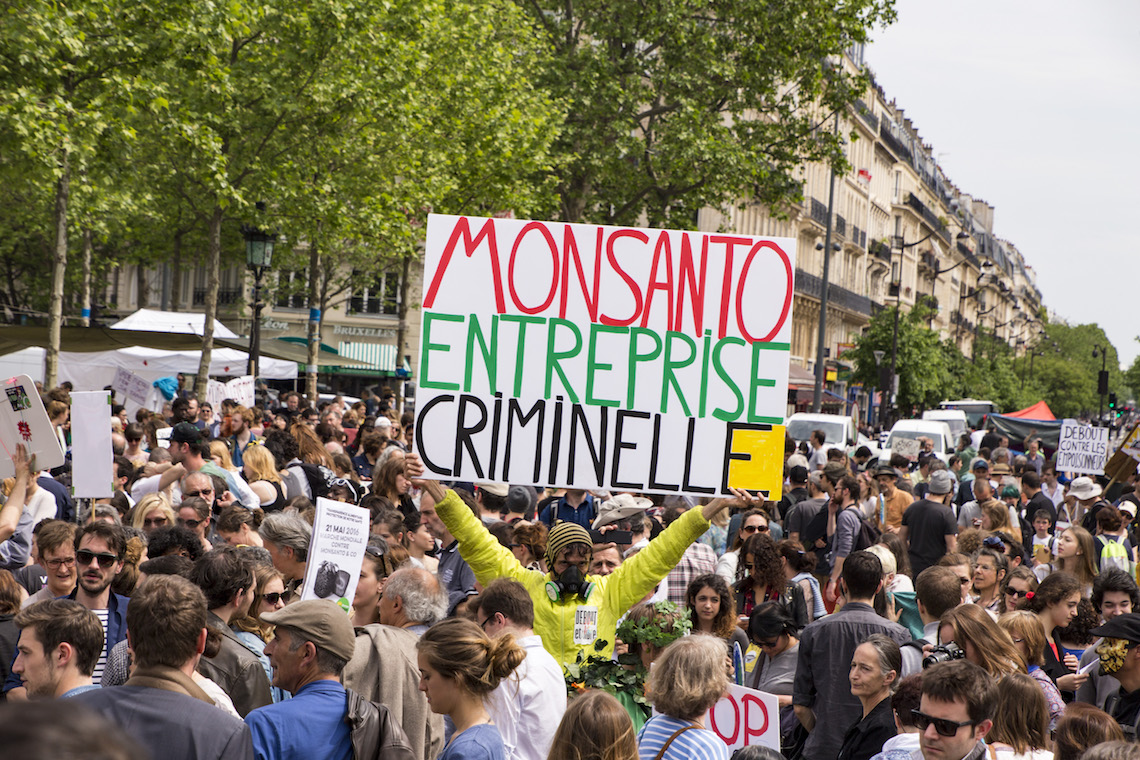 Proteste Monsanto pesticidi
