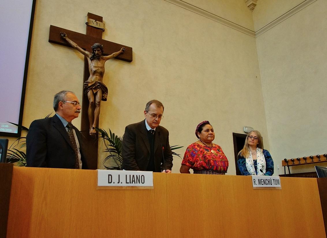 Rigoberta Menchú: a lezione di umanità con il premio Nobel ...