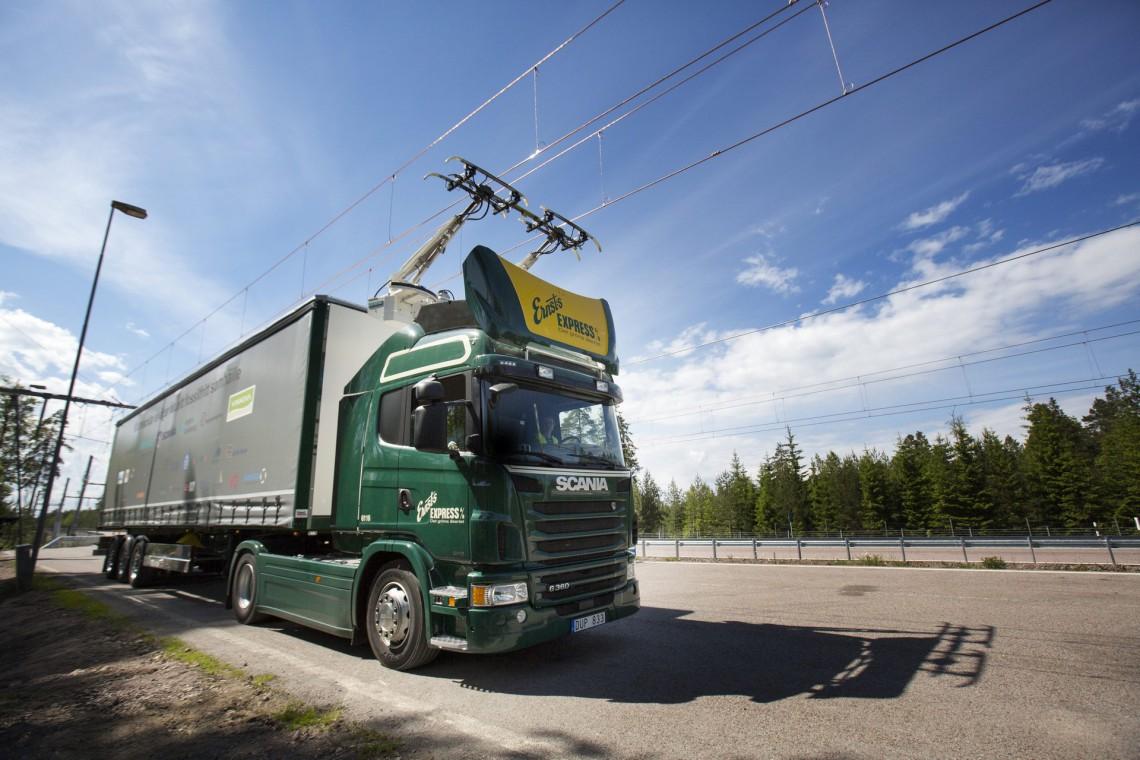 camion ibrido trasporto
