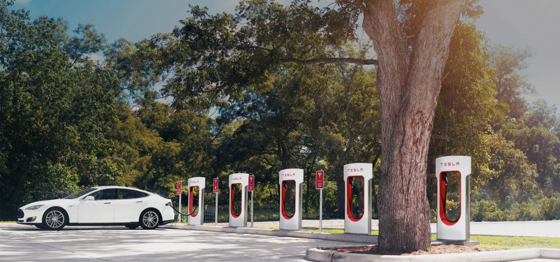 Tesla Supercharger-003