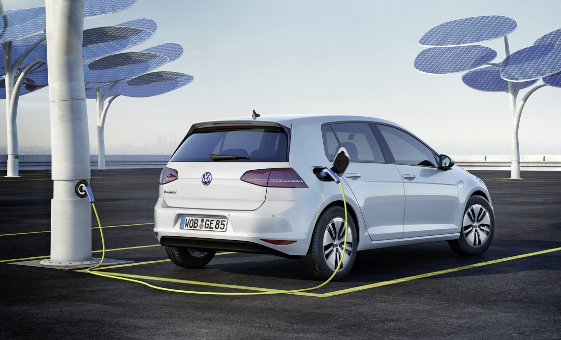 Volkswagen e-Golf-001