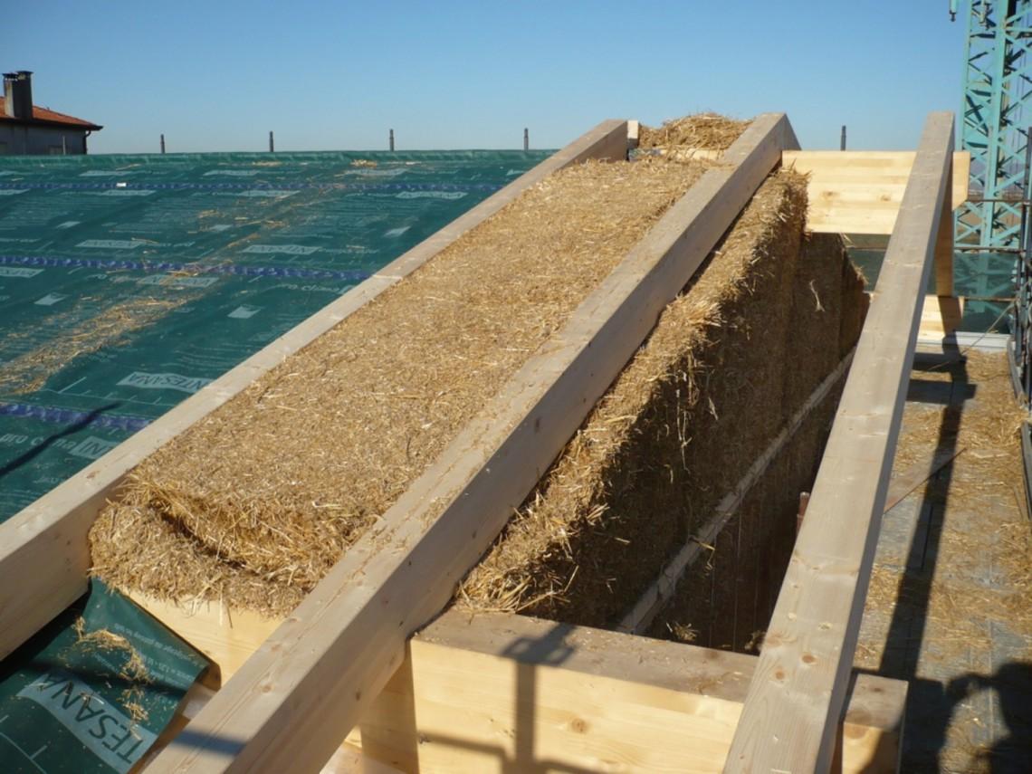 Vivere in una casa di paglia pro e contro for Casa per la costruzione