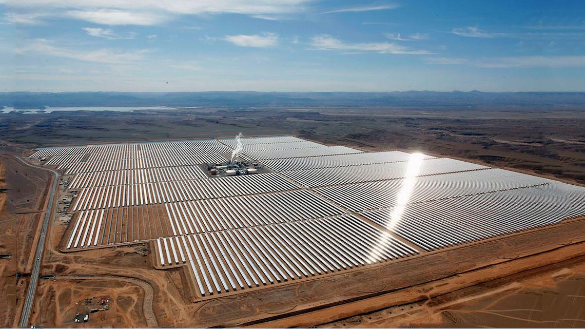 Il re del marocco inaugura la pi grande centrale solare a concentrazione del mondo lifegate - Centrale solare a specchi ...