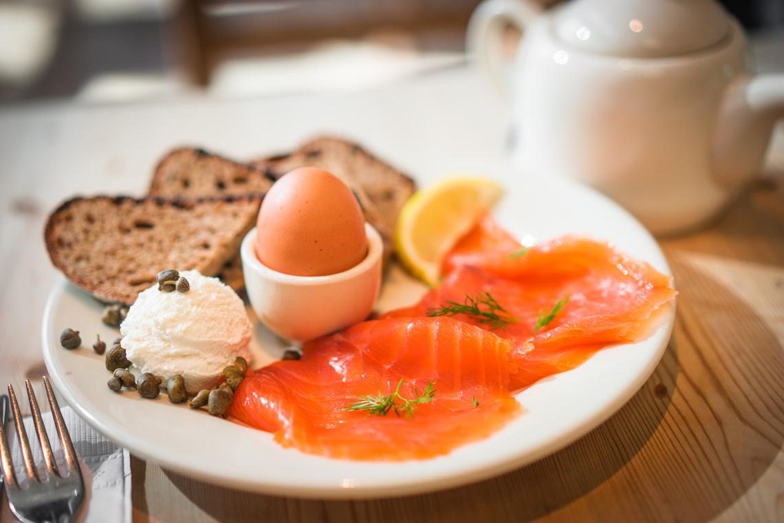 La prima colazione per dimagrire anche con la marmellata for La colazione ha il tuo sorriso