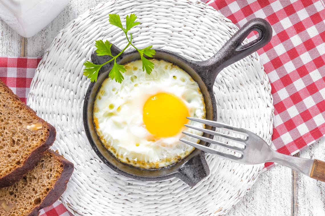 prima colazione uova