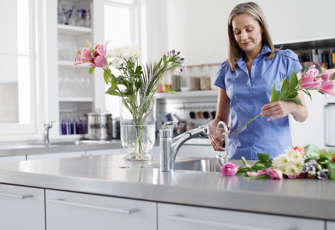 Soluzioni salvaspazio per ridurre gli sprechi in cucina for Soluzioni arredo salvaspazio