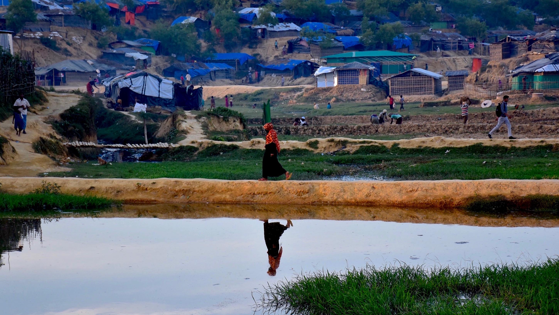 https://www.lifegate.it/app/uploads/donne-rohingya.jpg