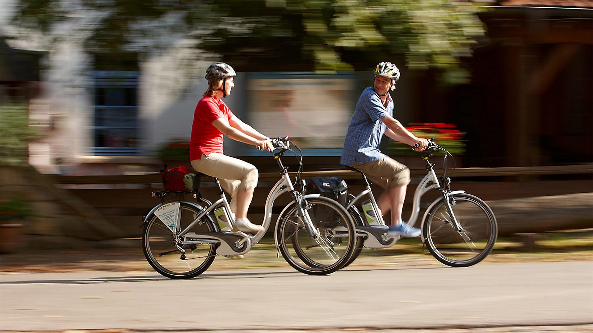 Montando en la bici - 3 1