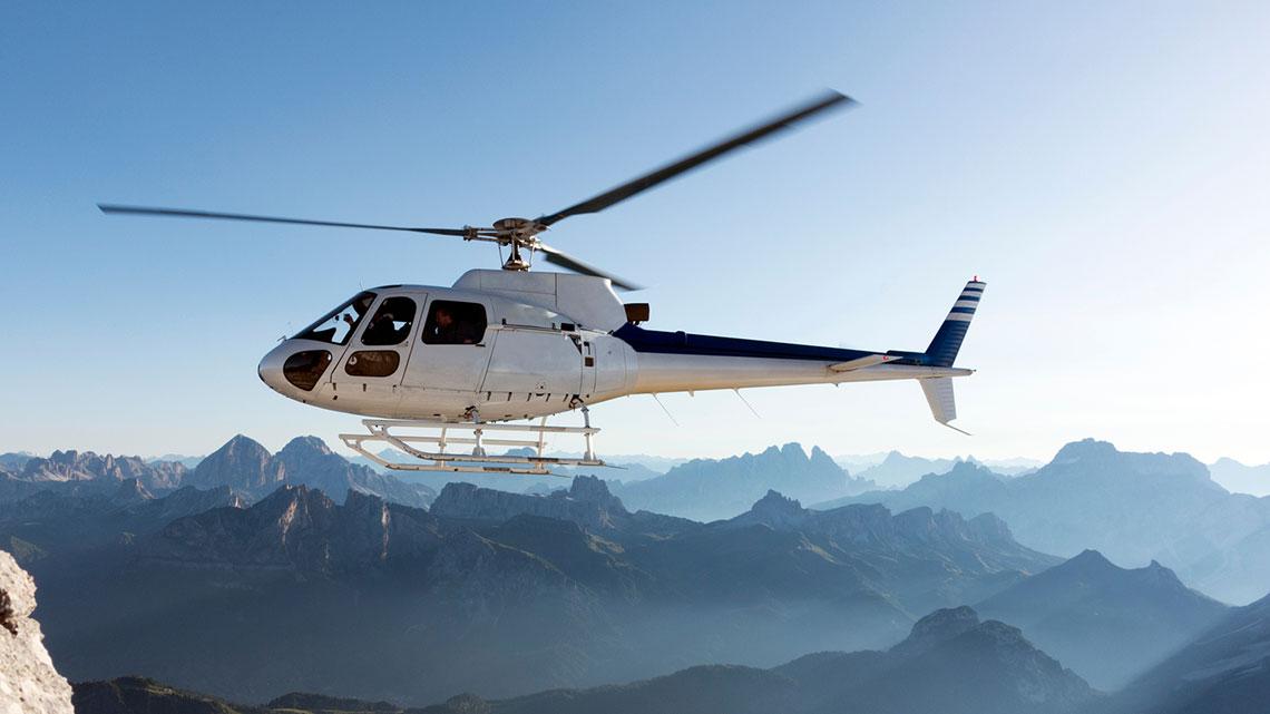 Elicottero E Libellula : Basta turismo in elicottero sulle dolomiti la lettera all