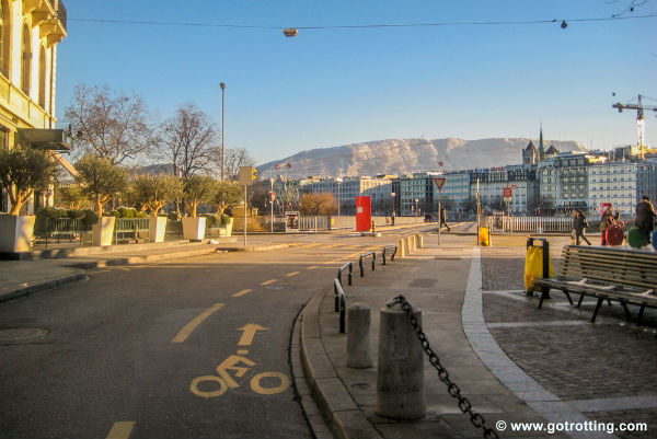 geneva-dedicated-cycle-lane