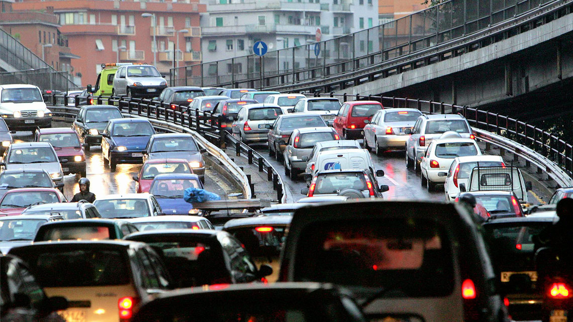 Risultati immagini per traffico lavoro