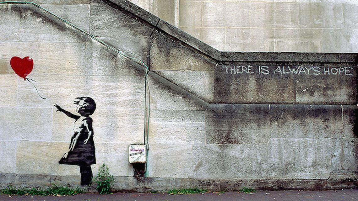 5 rivelazioni che hanno creato il culto di banksy for Immagini graffiti hd