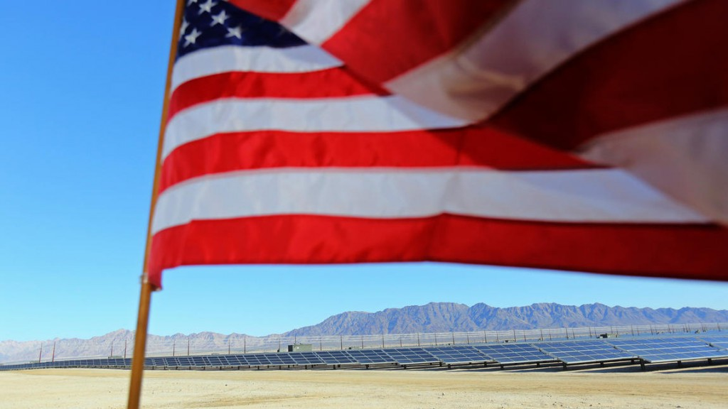 la-me-desert-sunlight-solar-farm-photos2015020-014