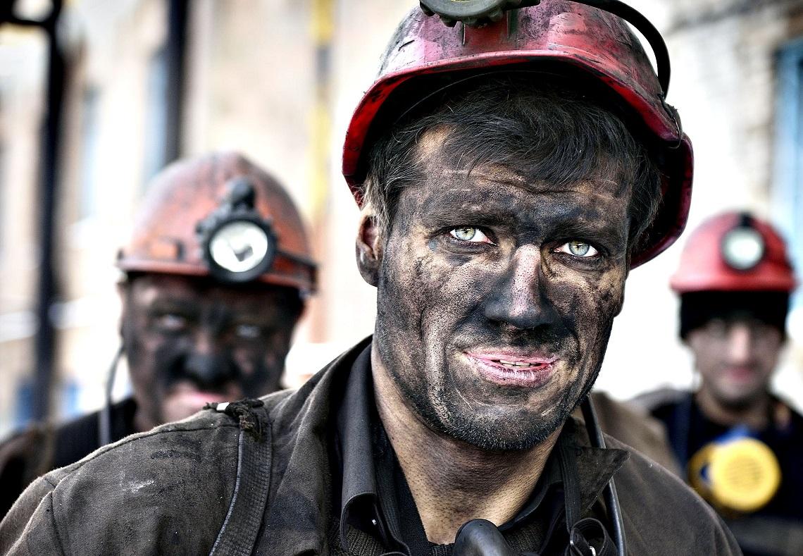 Minatori - estrazione di carbone - condizioni di lavoro
