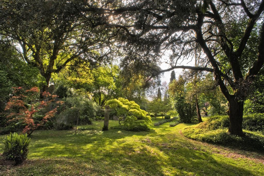 I giardini da sogno di ninfa lifegate - Immagini di giardini di villette ...