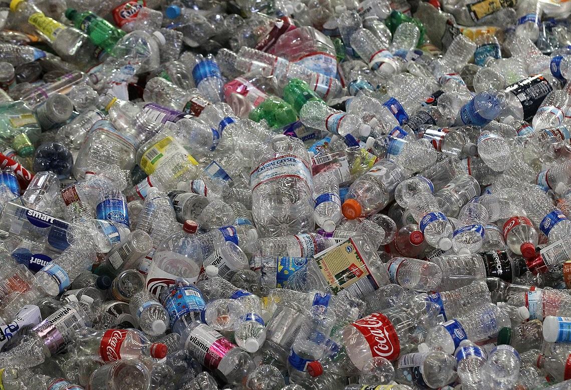 Unilever userà solo plastica riciclata per gli imballaggi entro il 2025  LifeGate