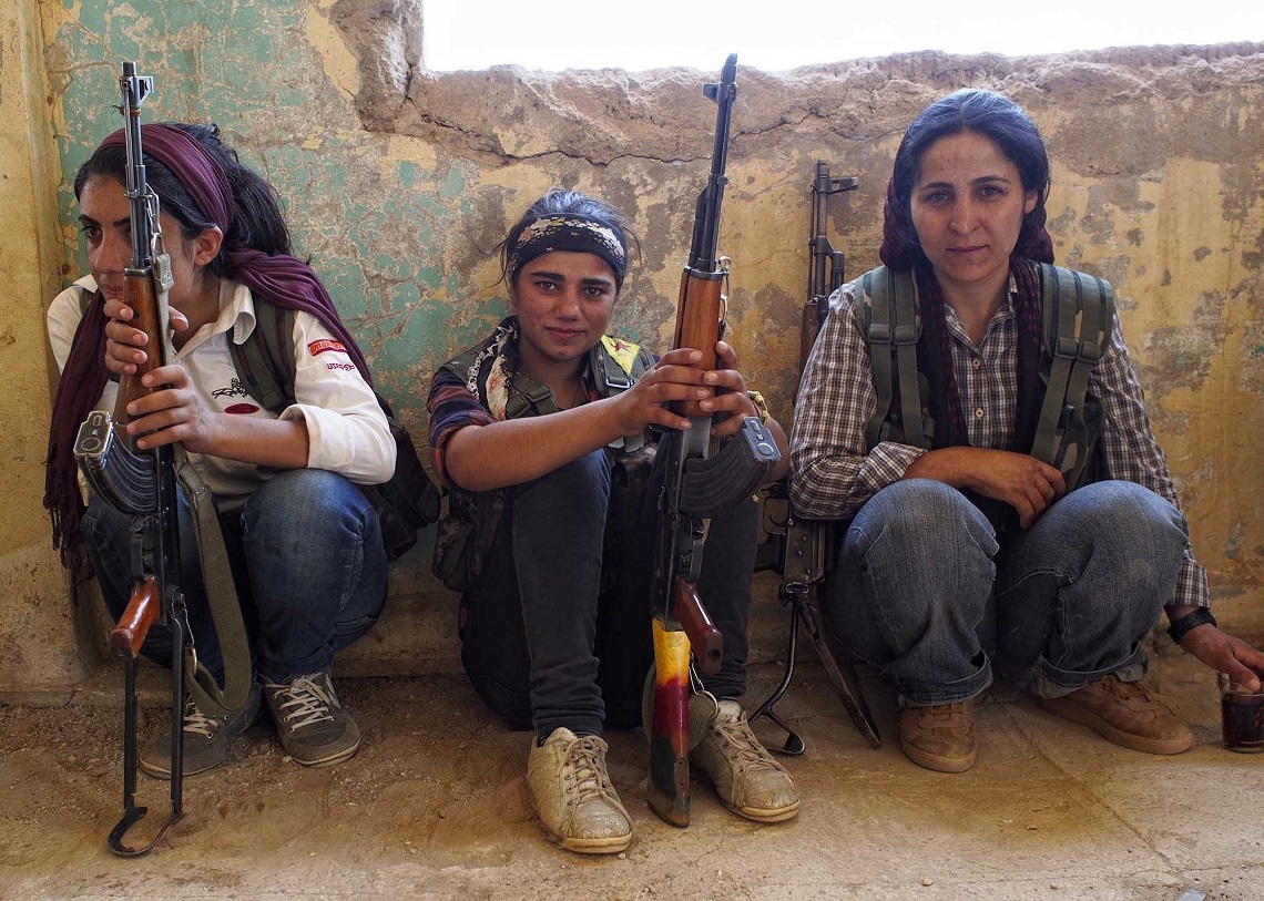 ragazze combattenti di kobane