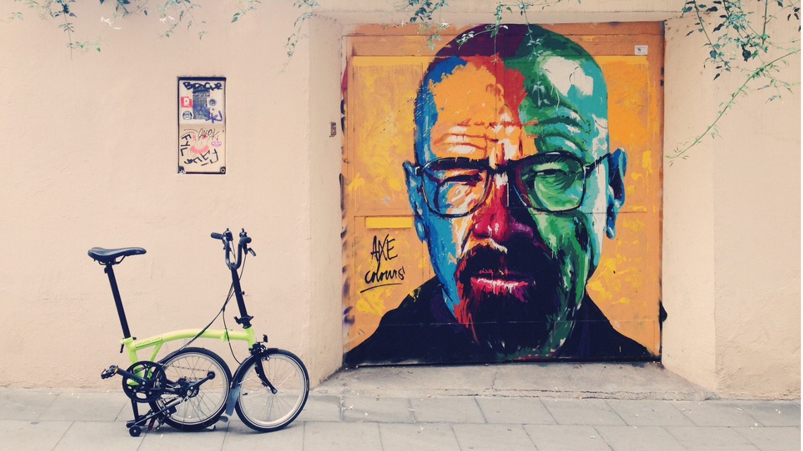 street art a barcellona murales e bici pieghevole un binomio perfetto lifegate. Black Bedroom Furniture Sets. Home Design Ideas