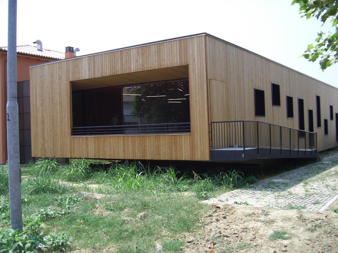 Rivestimento Casa In Legno : Rivestimento per casa in legno rivestimento casa legno composito